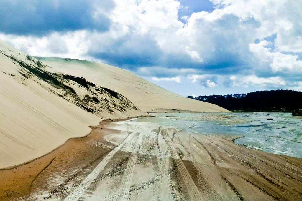 Driving through Te Paki Stream