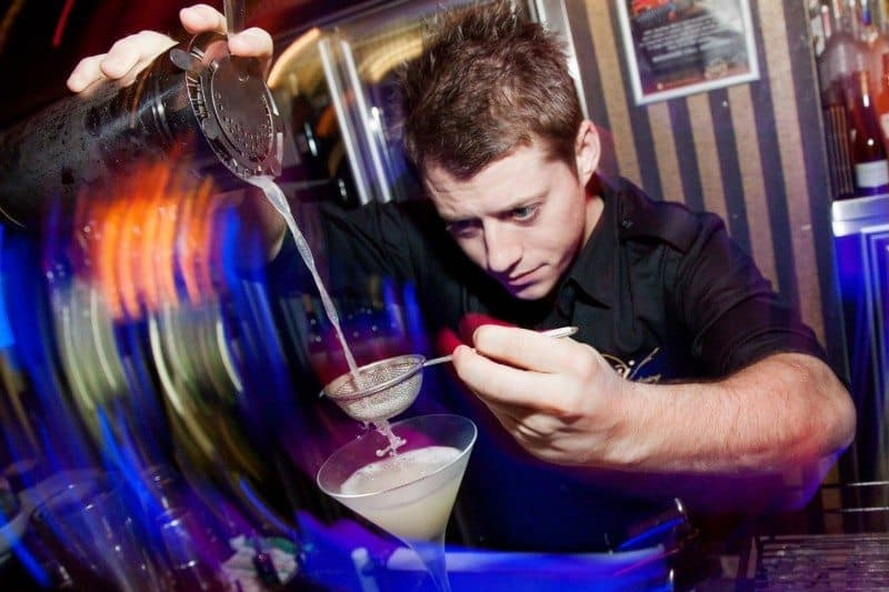 How to Get a Bartending Job Anywhere in the World