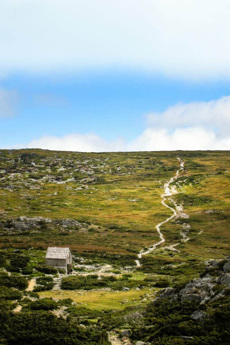 Hiking Cradle Mountain