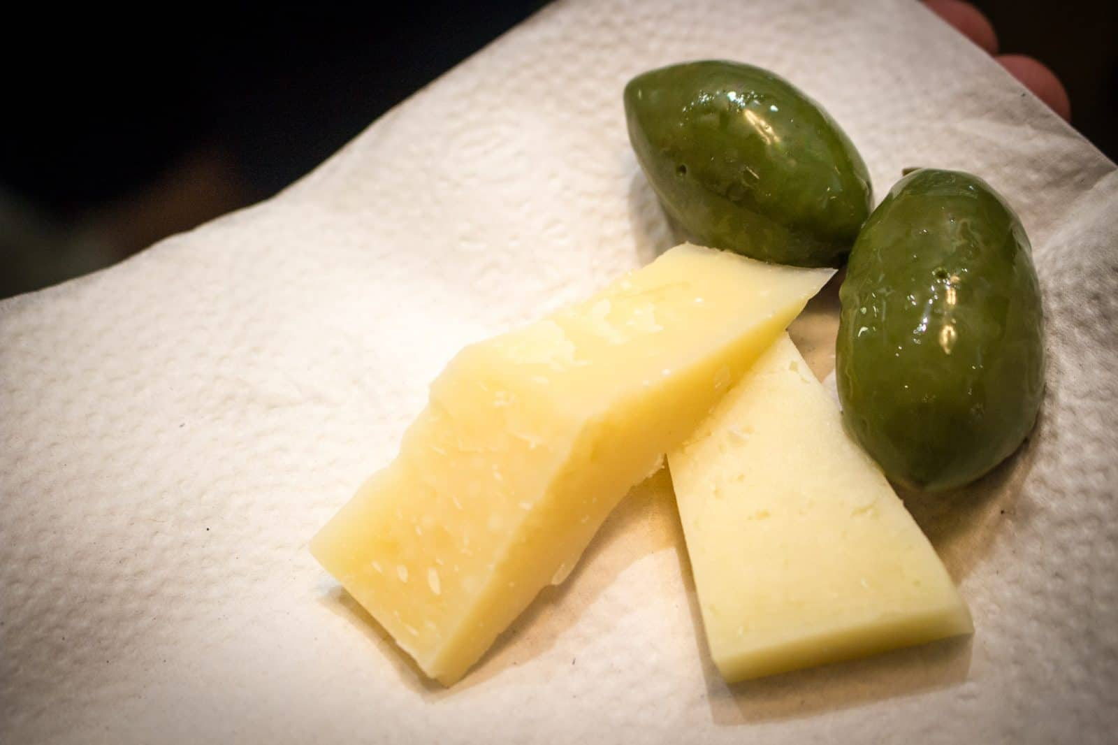 Moliterno Cheese and Cerignola Olives