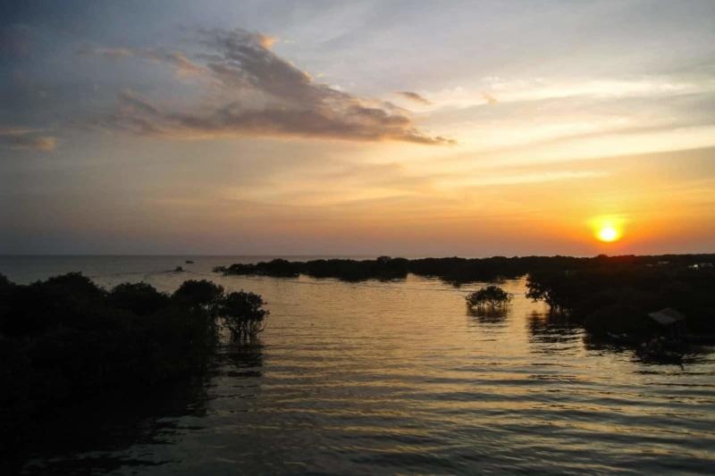 Sunset on Tonle Sap
