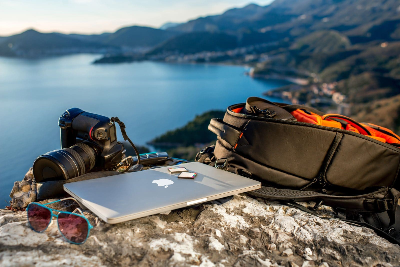 The Ultimate Guide to the Best Travel Gear