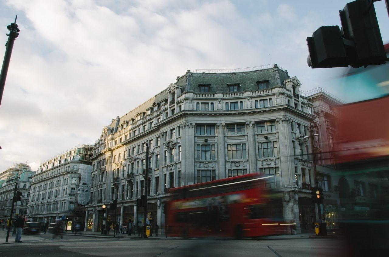 5 Compelling Reasons to Hire a Private Driver in London