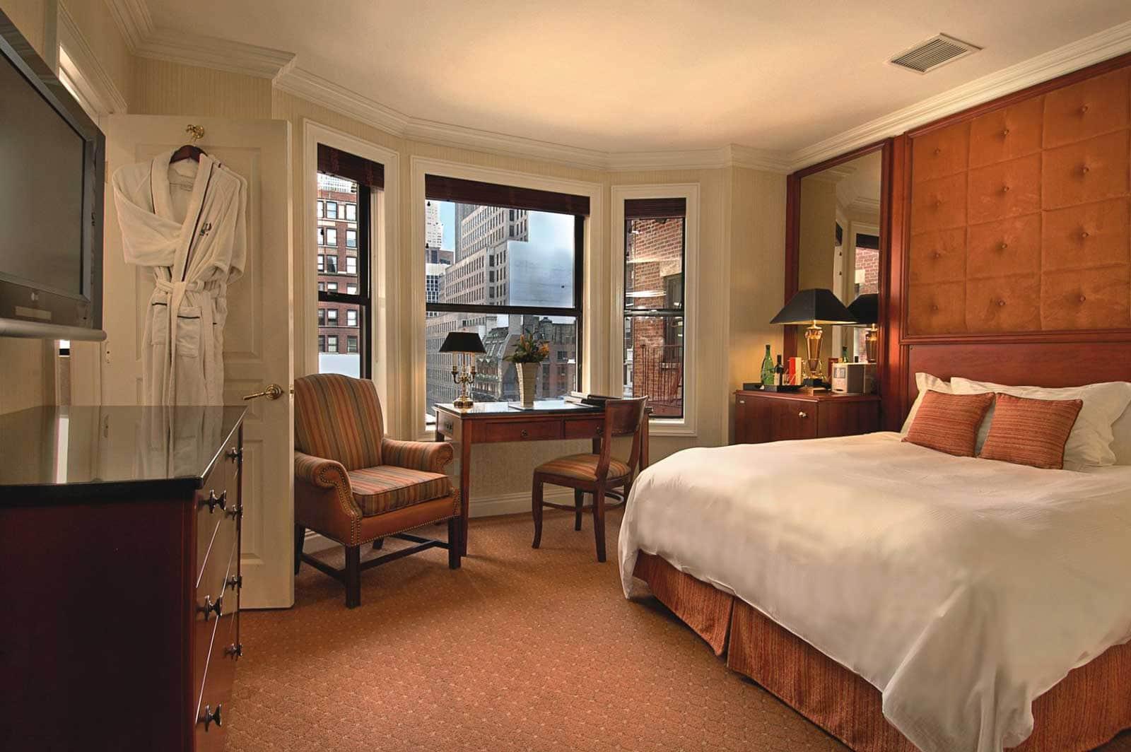 Best new york hotels iroquois hotel
