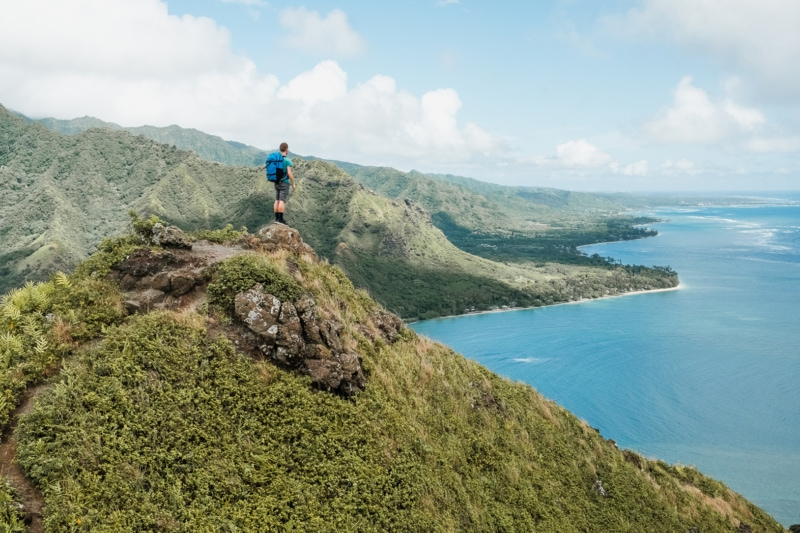 Hiking Crouching Lion in Oahu