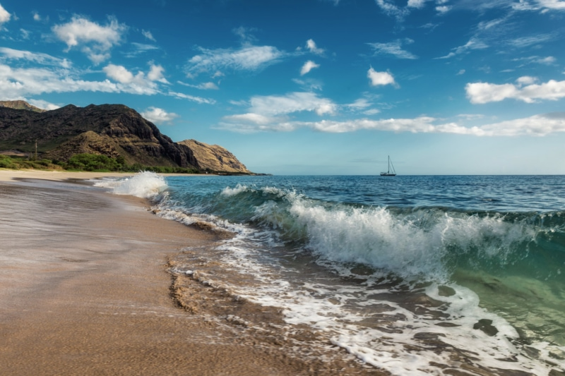 Waves at Makua Beach in Oahu