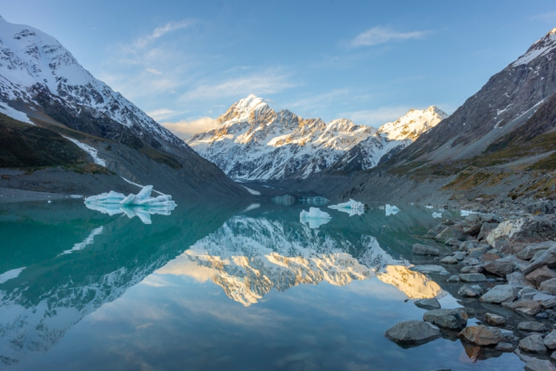 Backpacking New Zealand: Hooker Valley Lake at Mt. Cook