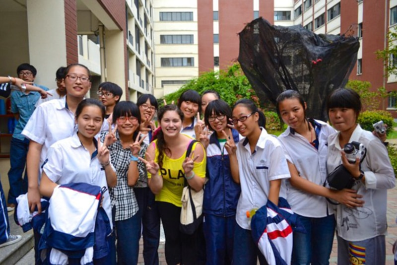 Richelle with her students in Wuxiang